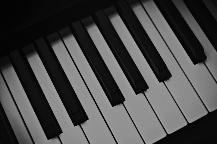 Yamaha DGX 230 Keyboard – 2018 Review