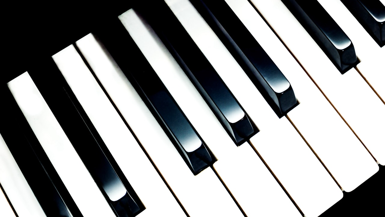 Photo of a piano keys